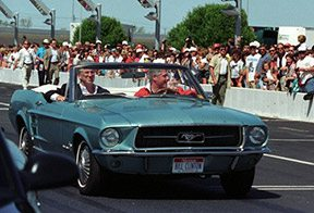 CounterView eNews - Clintons Mustang